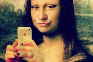 monalisa-selfie